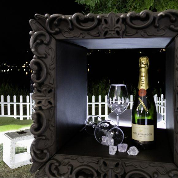 Champagne: uno stile, un'icona, un gioiello.